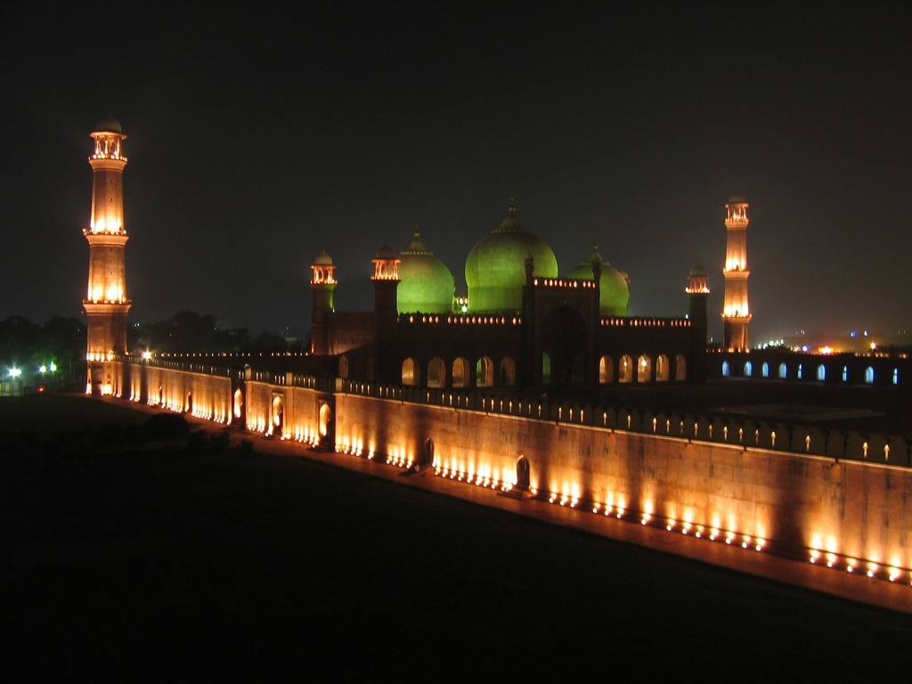 Badshahi Mosque in Lahore – Pakistan (night) | Karim74's ...