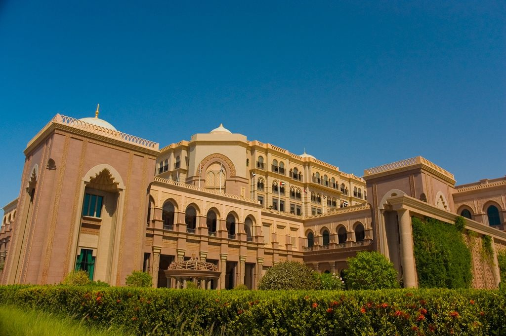 Traditional and modern houses in uae