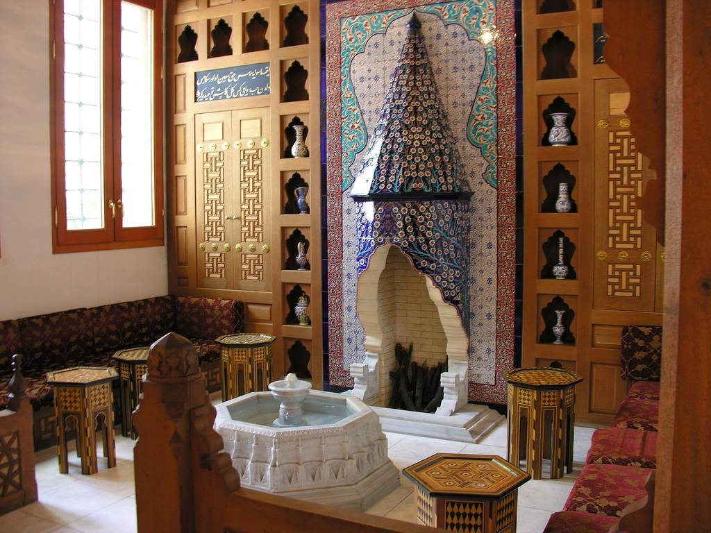 Turkish mosque in tokio japan guest room karim74 39 s for Japanese interior design for living room